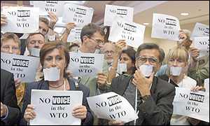 Anti-WTO protestors demonstrate in Doha