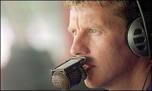 Steve Cram on the microphone