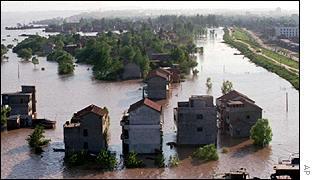 Yangtze flood   AP