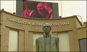 Donald Dewar's statue