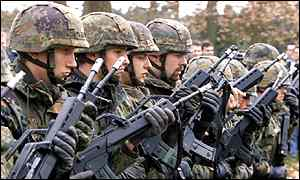 German troops prepare for Nato peacekeeping in Kosovo in 1999