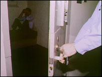 BBC NEWS   UK   Call to cut prison staff sick pay