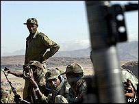 Ethiopian troops along Eritrean border