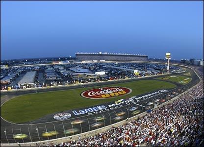 http://newsimg.bbc.co.uk/media/images/41699000/jpg/_41699534_racing416.jpg