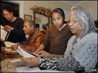 Cherokees eject slave descendants