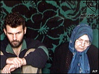 Hannelore Krause (right) and son Sinan in hostage video, 3 Apr 07
