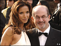 سلمان رشد و همسرش پامدا لاکشمی که هنرپیشه است