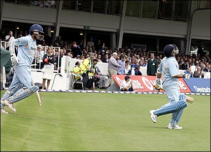 BBC SPORT | Cricket | England v India photos