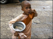 Burmese child begging