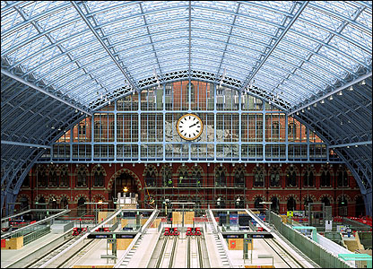 bbc news in pictures in pictures st pancras reborn. Black Bedroom Furniture Sets. Home Design Ideas