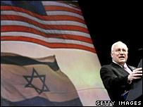 http://newsimg.bbc.co.uk/media/images/44250000/jpg/_44250766_cheneyaipac_getty_203.jpg
