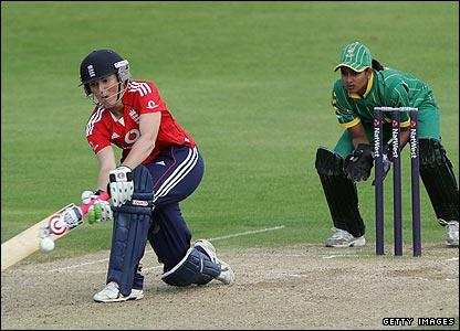 BBC SPORT | Cricket | Women's cricket | England v SA