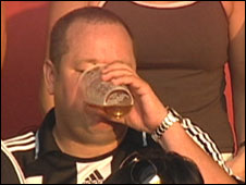 BBC NEWS | UK | England | Tyne | Police warn Toon owner over beer