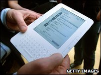 BBC News - Bigger Amazon Kindle DX lays down gauntlet to rivals