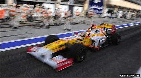 bbc sport motorsport formula 1 renault join f1 pull out threat. Black Bedroom Furniture Sets. Home Design Ideas