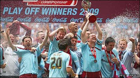 Burnley celebrate their Wembley win