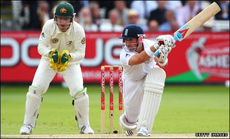 BBC SPORT | Cricket | England | England open up huge Lord's lead