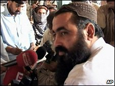 Baitullah Mehsud at a news conference in South Waziristan, 24 May 2008