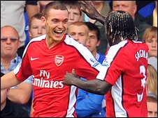 Thomas Vermaelen (left) and Bacary Sagna (right)
