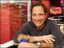 BBC NEWS   Entertainment   'Maverick' TMZ earns respect