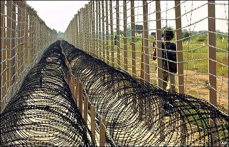 images of border india and pakistan relationship