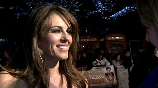 BBC News - Liz Hurley supports ex-boyfriend Hugh Grant at ...