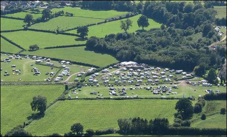 BBC News - Controversial campsite in Brecon Beacons up for sale