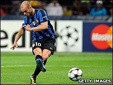 Wesley Sneijder levels for Inter