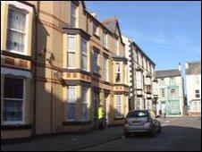 The scene in Edward Henry Street
