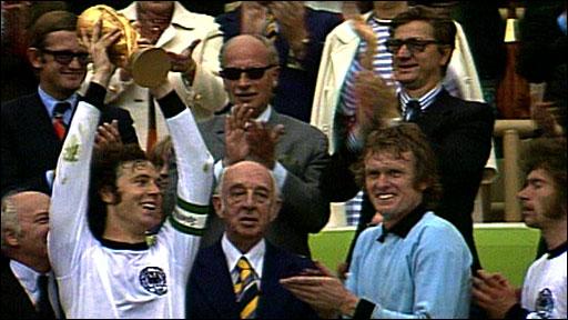 Franz Beckenbauer lifts the 1974 World Cup